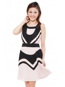 Pleated Color Block Chiffon Dress