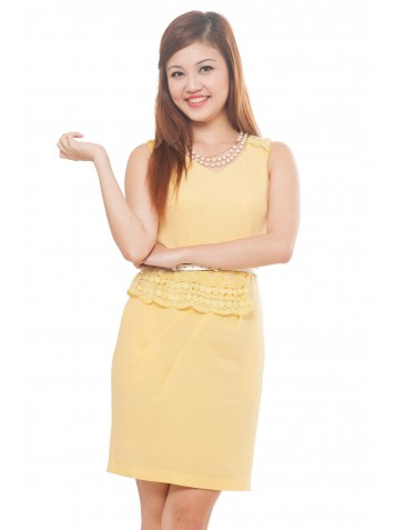 http://www.divalavie.com/183-1208-thickbox/crochet-trims-yellow-dress.jpg
