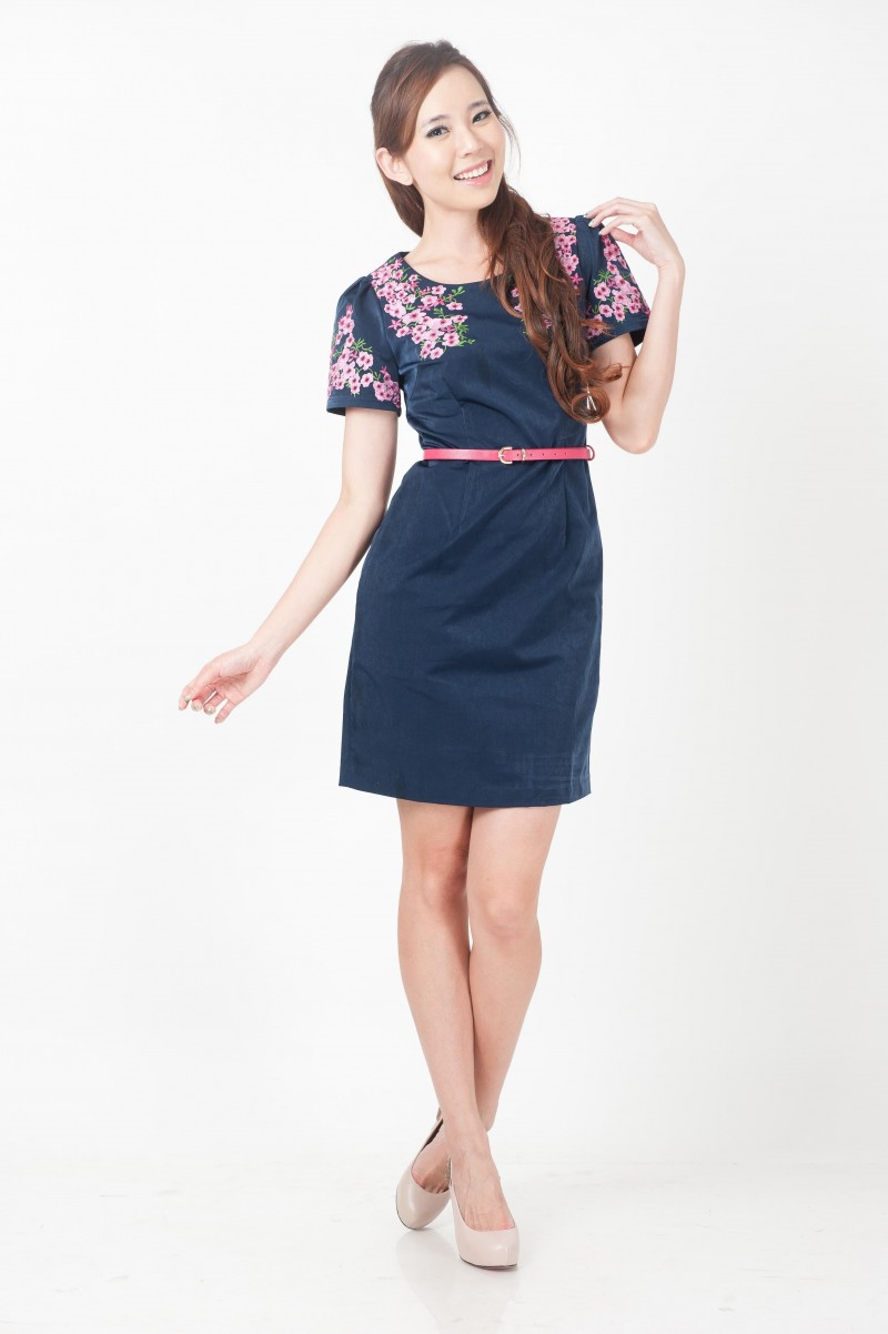 Embroidered cherry blossoms belted dress divalavie