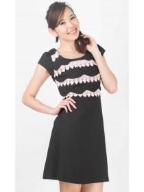 Gail Florals Crochet Scalloped Hems Dress