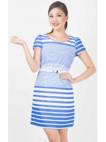 Perfect Lines Belted Sleeved Dress